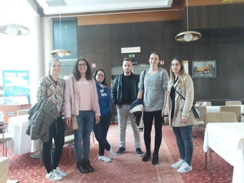Študentje višje strokovne šole v Brežicah na obisku v Termah Čatež