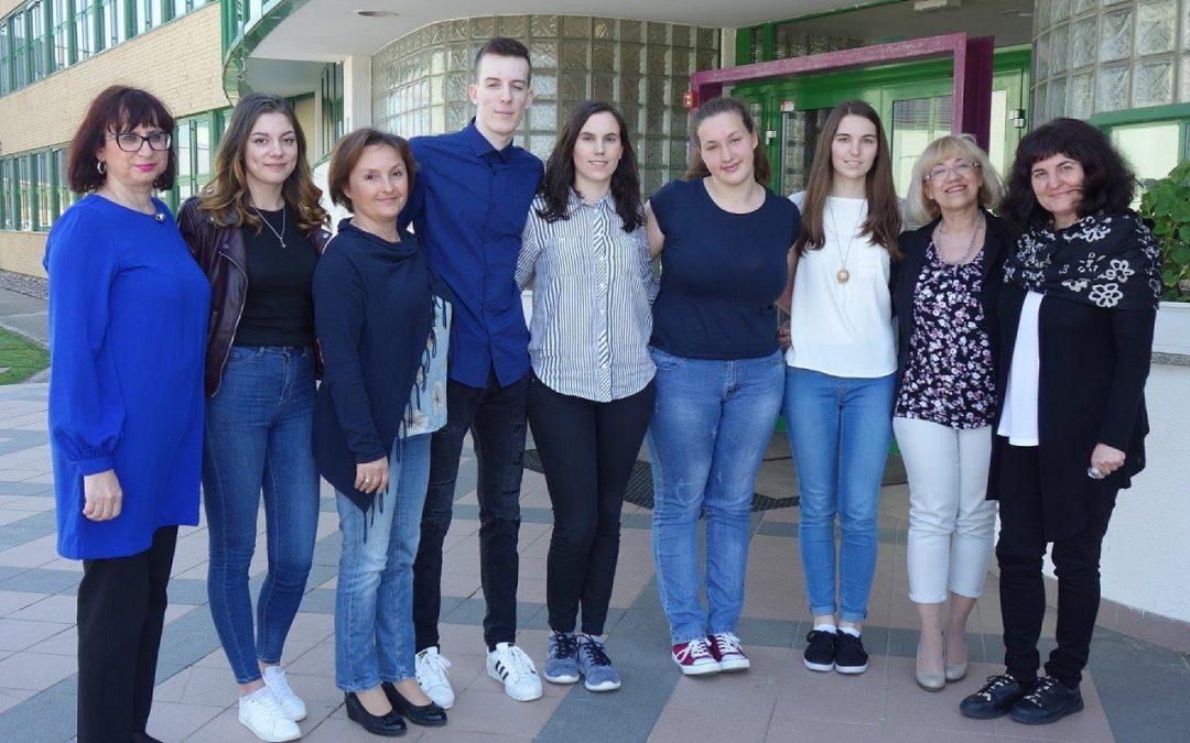 Dijaki Ekonomske in trgovske šole Brežice na vrhu na državnih tekmovanjih iz znanja strokovnih predmetov
