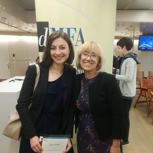 Laura Cvelbar je državna prvakinja v znanju poslovne matematike